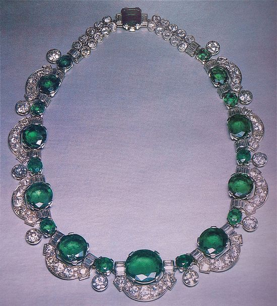 Cartier London Art Deco Important Emerald Diamond Necklace by Clive Kandel, via Flickr