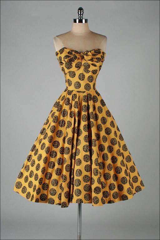 Retro gown #dress #1950s #partydress #vintage #frock #silk #retro #teadress #petticoat #romantic #feminine #fashion #polkadotsprint
