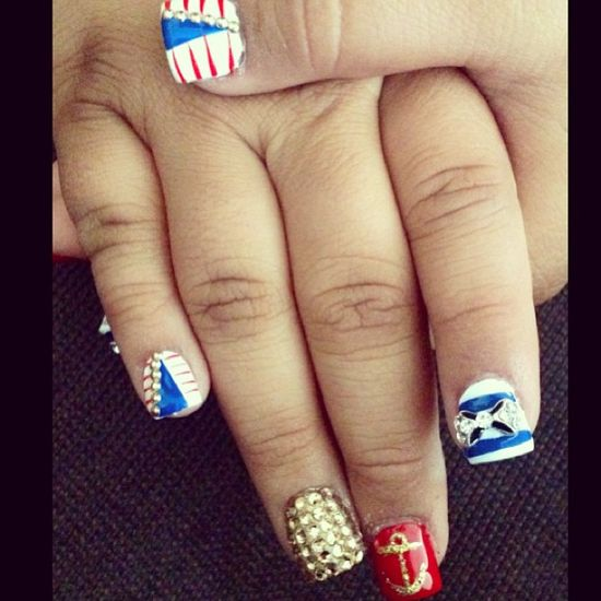 andy_beez's festive tips. Show us your 4th of July-inspired nails! Tag your pic #SephoraNailspotting to be featured on our social sites.