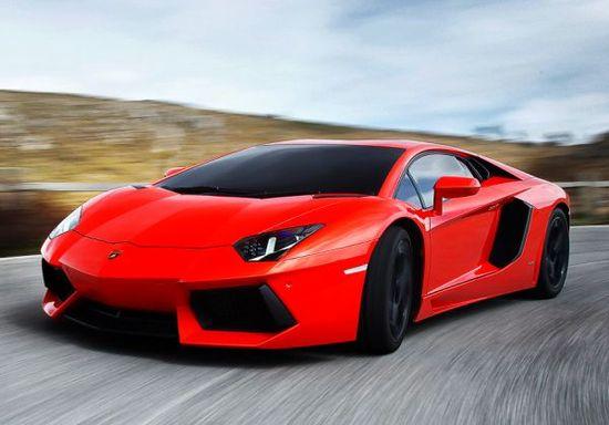 Lamborghini Aventador: The sports car with unique fuel saving technology