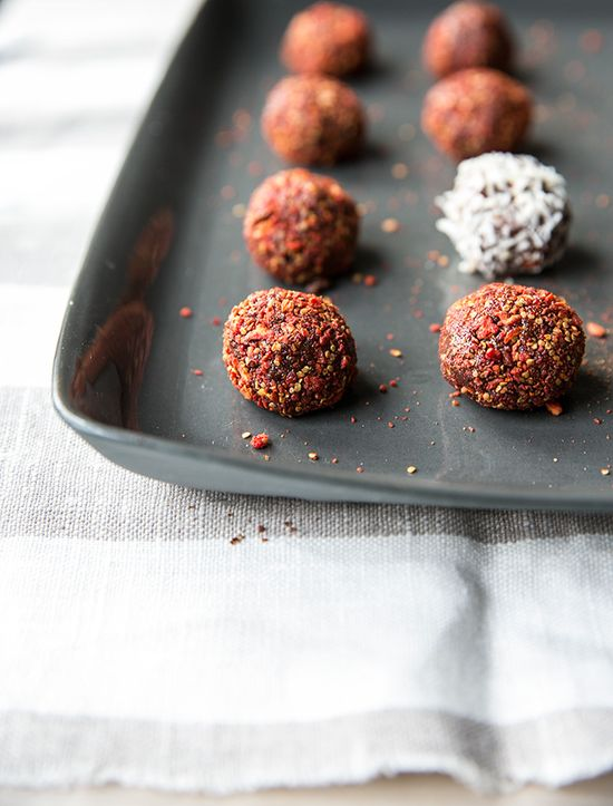 hazelnut truffles rolled in goji berries // #raw + #vegan +#gluten_free