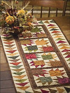 small quilt patterns | ... -Table-Runners-Small-Quick-Easy-Gift-Projects-Quilting-Pattern-Book
