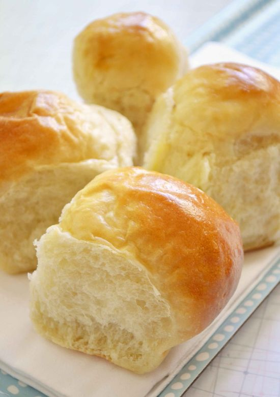 {Buttery, old-fashioned pull-apart buns} oooh, yum!