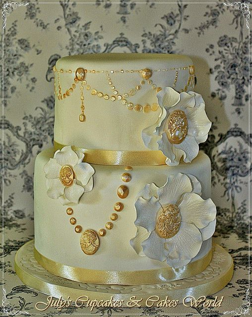 Wedding Cake - Cameo Flowers by Julycupcakes, via Flickr
