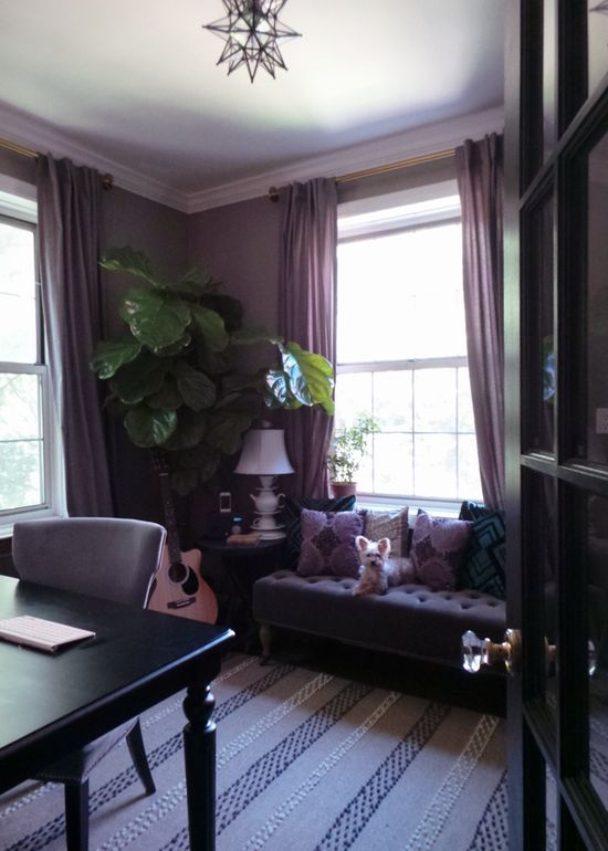 Home office design/ Fiddle leaf fig tree/ Moravian star light / Tufted bench - {Apple a Day Beauty}