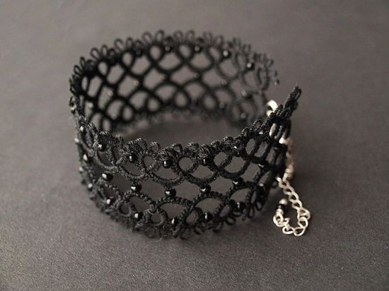 tatted lace bracelet - from Koroneczka on Etsy $36  #jewelry #gothic #black #handmade