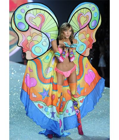 13 Of The Most WTF Looks From The 2013 Victoria's Secret Fashion Show