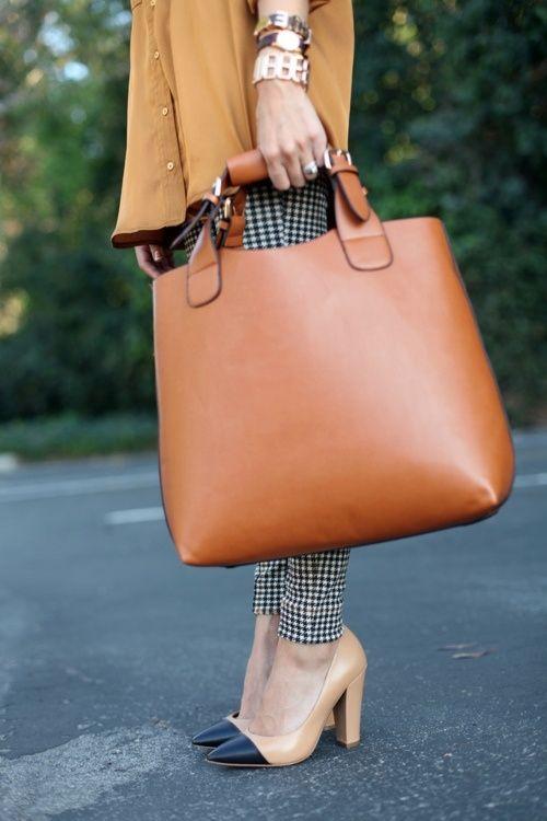 ...handbag, shoes, watch & bracletes...all those details.