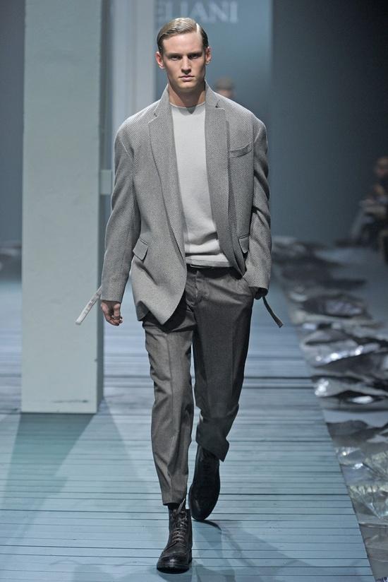 Corneliani Men's RTW Fall 2013 sweater