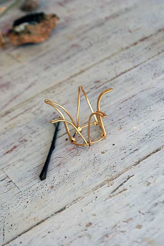 wire wire wire crown - cute