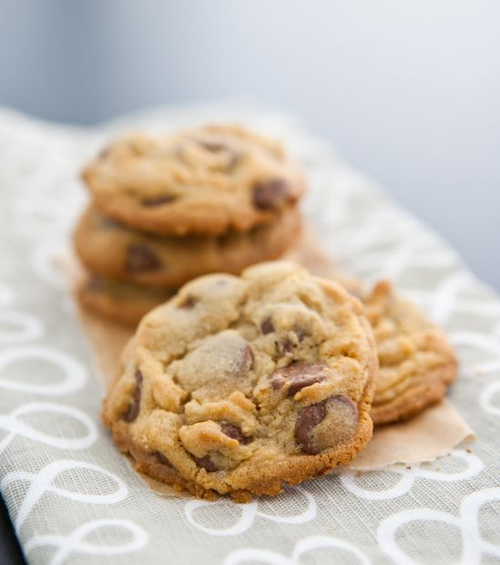 Chocolate Chip Pudding Cookies by EclecticRecipes.com #recipe