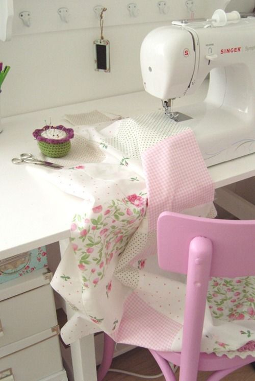 I Heart Shabby Chic: Totally Gorgeous Vintage & Shabby Chic Home Office Stud