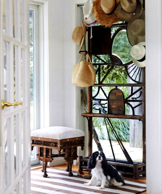 Brown Versa Cotton Carpet in Madeline Weinrib's Hamptons Home - via Hamptons Cottages & Gardens