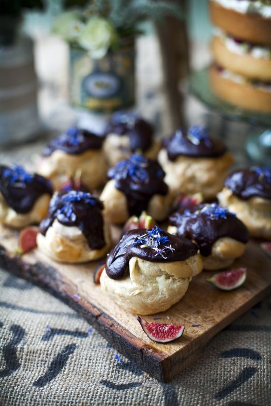 Earl Grey Profiteroles with Dark Chocolate & Tonka Glaze and Honeyed Figs