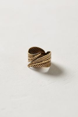 ++ twisted feather ring