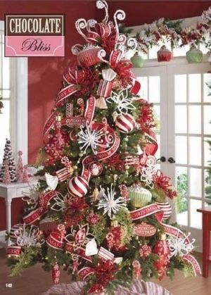 25 Christmas Tree Decorating Ideas - Christmas Decorating - by louisa