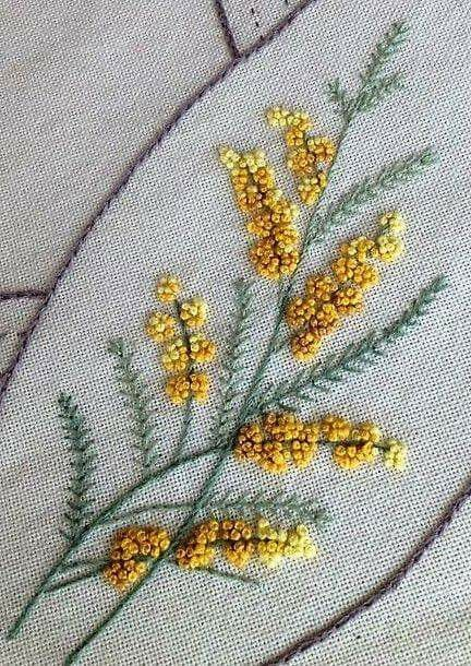 Mimosa. Broderie