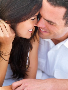 10 Ideas to Show Love to Your Spouse Daily