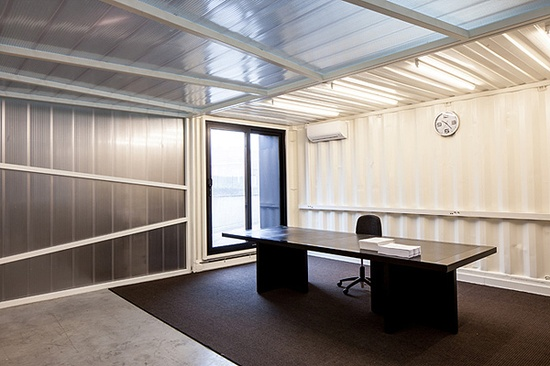Office Design with Shipping Containers // Five AM | Afflante.com