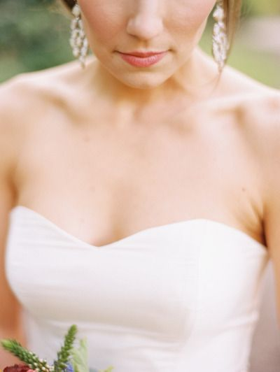 chandelier earrings by www.kendrascott.com