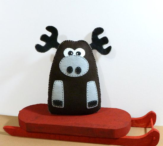 Stuffed Moose PATTERN - Sew by Hand Plush Felt Stuffed Animal PDF