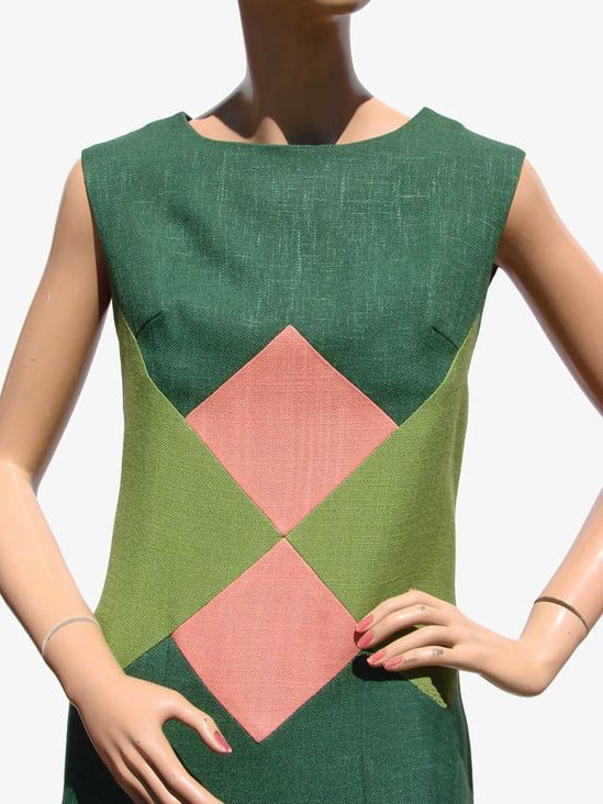 1960s linen dress with geometric block pattern. via Poppy's vintage/Ruby Lane
