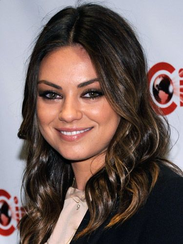 Hot celebrity hairstyles for every hair type: Mila Kunis
