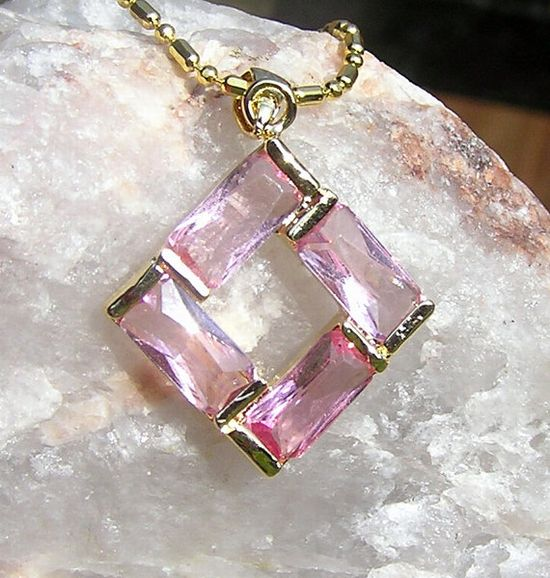 Pink Sapphire Pendant  Vintage by SunnyCrystals on Etsy, £9.00