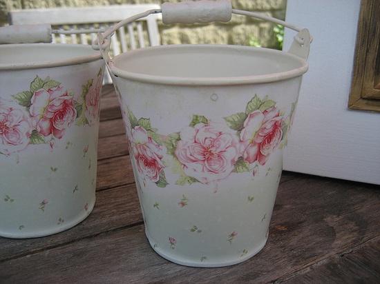 shabby chic buckets