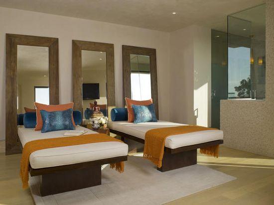 Twin Sets - Modern Platform Beds  on HGTV