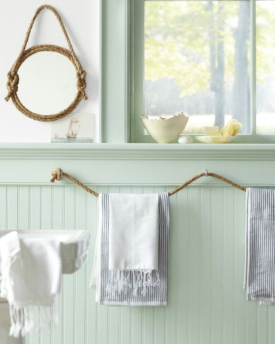 30 Brilliant Bathroom Organization and Storage DIY Solutions - Who would have thought that rope could be a beautiful bathroom decoration? You can make towel holders and many other things out of rope.