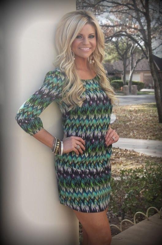hair and cute dress