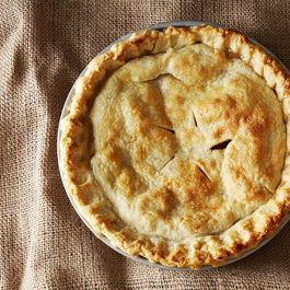 How to Make the Perfect Pie Crust on Food52: food52.com/.... #Food52