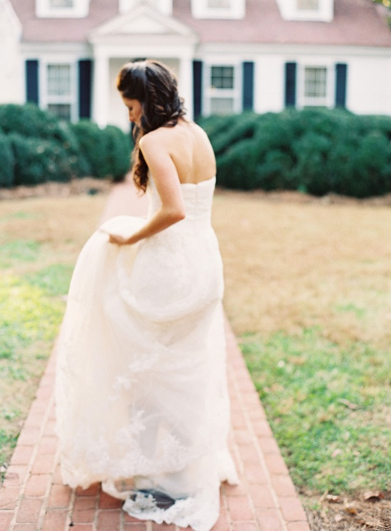 Lacy perfection. Photography by odalysmendezphoto..., Wedding Gown by pronovias.us