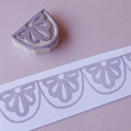 Lace Scallop Border - Hand Carved Stamp