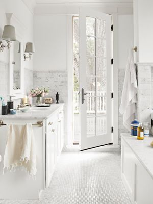 Me thinks I like the white bathrooms...