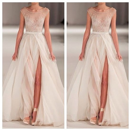 Wedding Photos: Gorgeous Non-traditional Wedding Dress