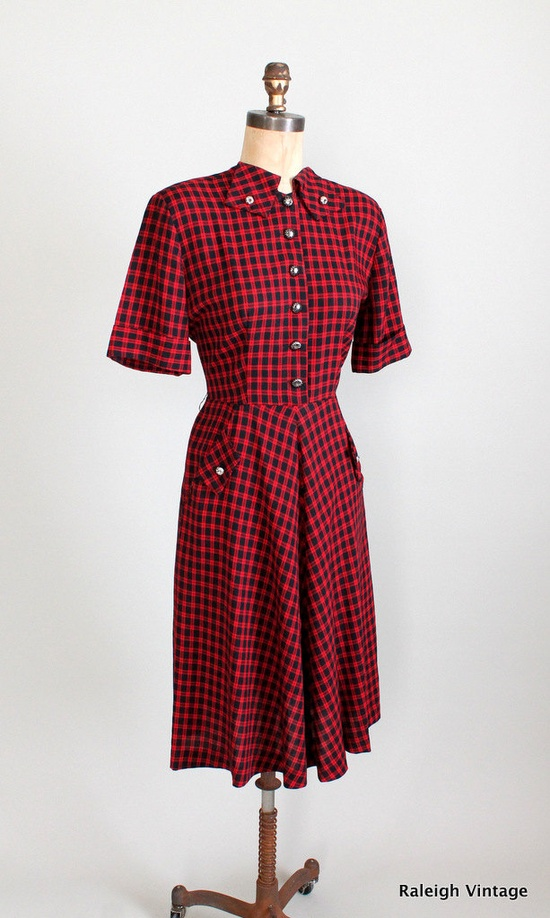 Vintage 1940s Plaid Swing Dress via Etsy.