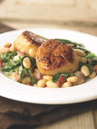 Seared Scallops with White Beans and Spinach