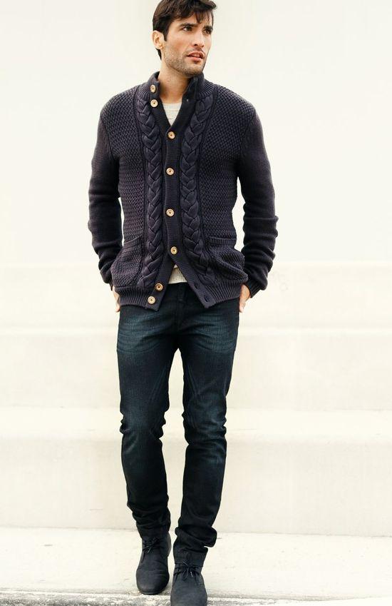 Cardigan, Jeans, Shoes.