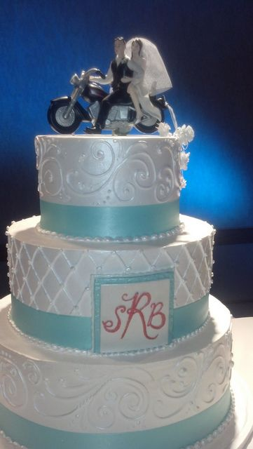 wedding cake, beautiful, with motorcycle couple topper