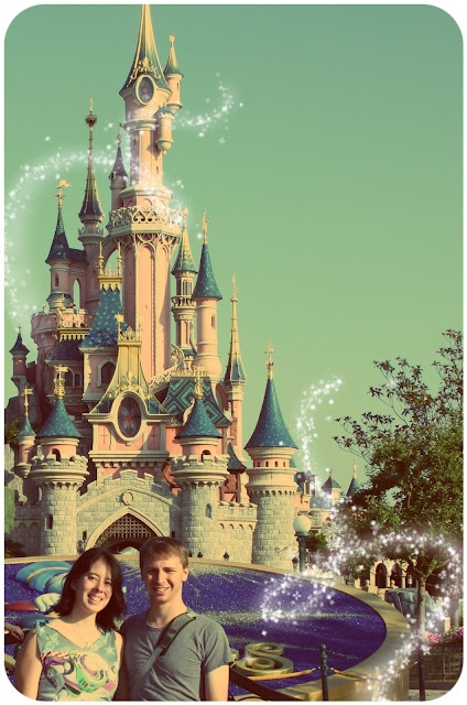 Add free pixie dust to your Disney photos