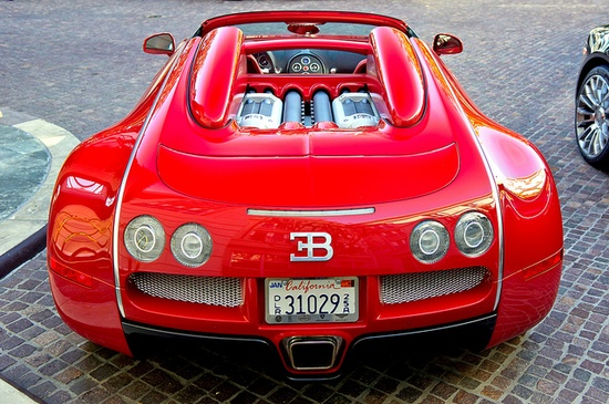 Blinding red      I'm all for insane color cars,...but this triple red Bugatti is giving  me second thoughts