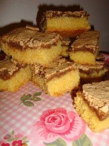 Gâteau autrichien aux amandes et meringue aux noix | Tizi Cooks