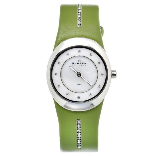 Skagen Leather Watch In Light Green.