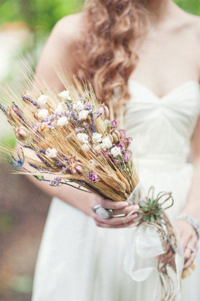 ideas para #ramo de #novia para tu #boda Ramos de Novia con Espigas | HISPABODAS