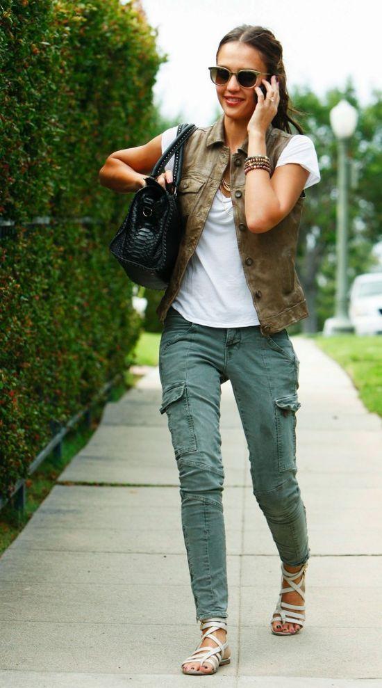 Jessica Alba in J Brand Houlihan jeans