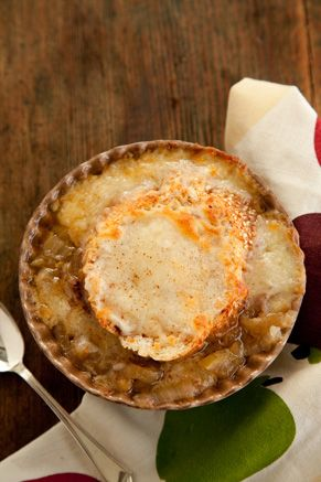 Slow Cooker Apple Onion Soup with Cinnamon Cheese Toast