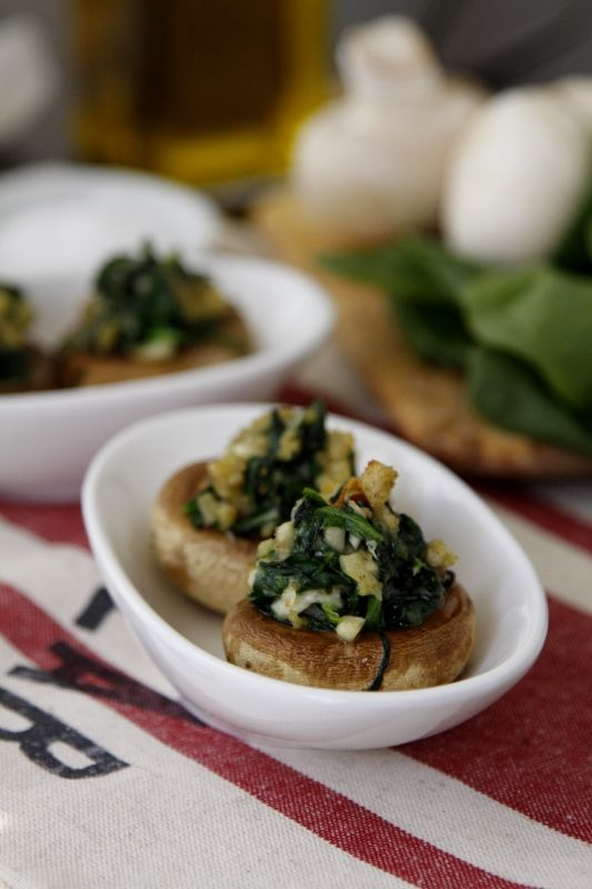 Spinach Stuffed Mushrooms from @Paula - bell'alimento @bellalimento