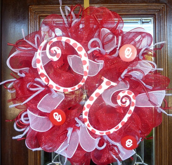 love these wreaths!